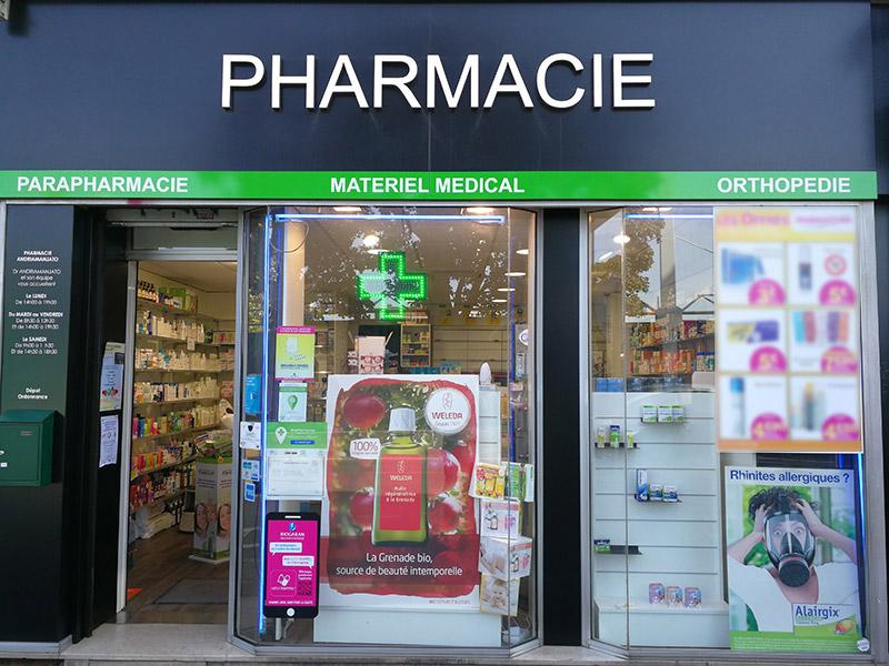 Pharmacie ANDRIAMANJATO